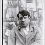 Portrait de Pablo Picasso devant la peinture