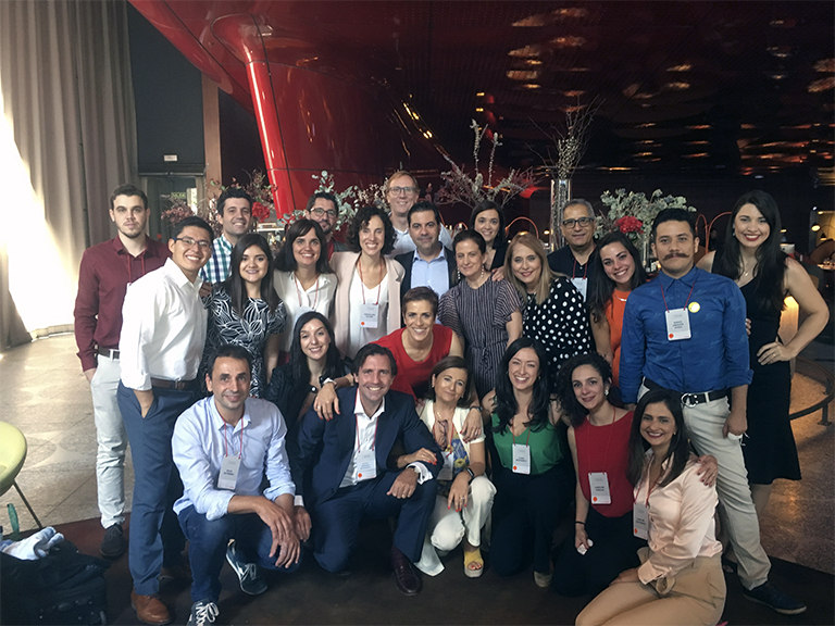 Los miembros de la Red Innova en la gran final de la segunda edición que se celebró en el Museo Reina Sofía de Madrid.